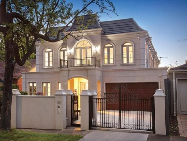 A French Provincial House Is Generally On A Large Country Estate Professor Philip Goad Says Facade House House Exterior French Provincial Home