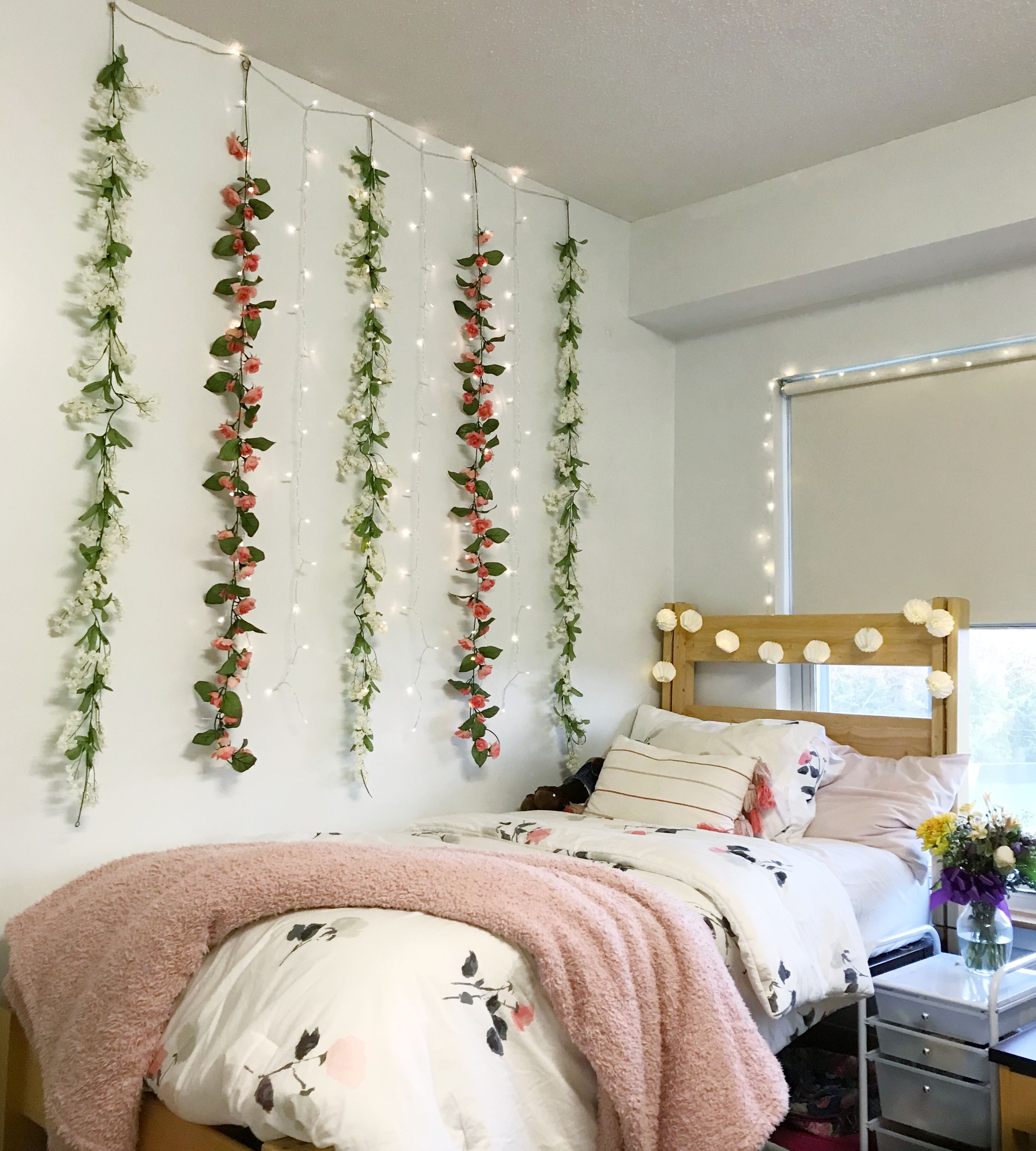 Flower Garland Wall Decor Bed Decor Flower Garlands Dorm Bedroom