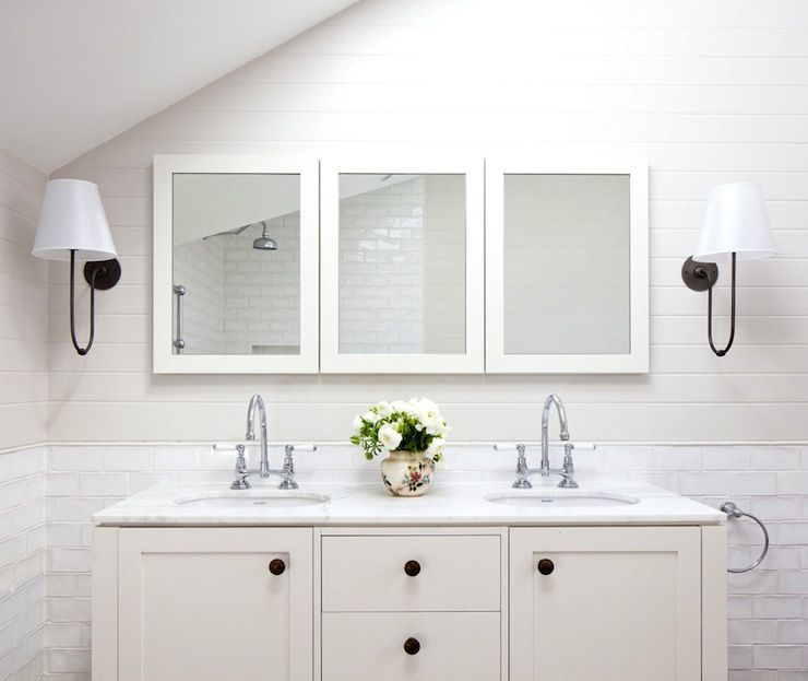 Awesome Websites Gorgeous modern cottage master bathroom with light gray batten walls paired with white glass subway tile