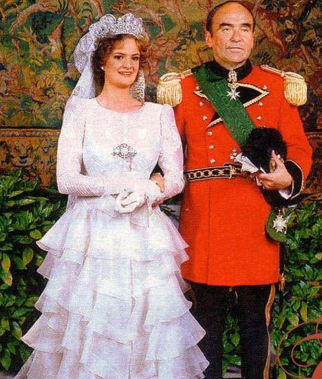 Royaldish Royal Brides Page 34 Royal Wedding Gowns Royal Brides Wedding Dresses