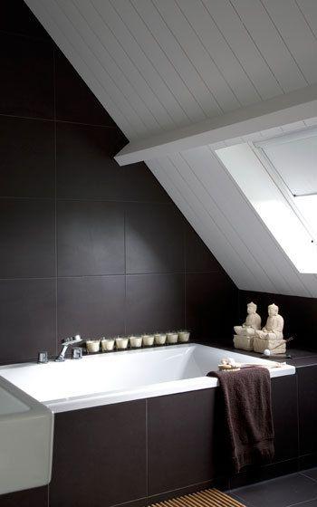 Sobere badkamer | Meer voorbeelden van badkamer met schuin dak: http ...