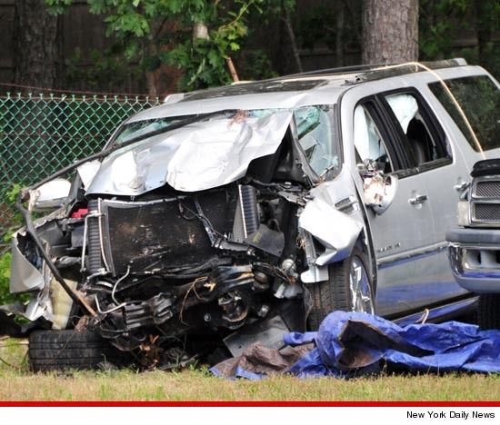 Jason Kidd S Wrecked Car Definitely Totaled Cars Wrecks Car