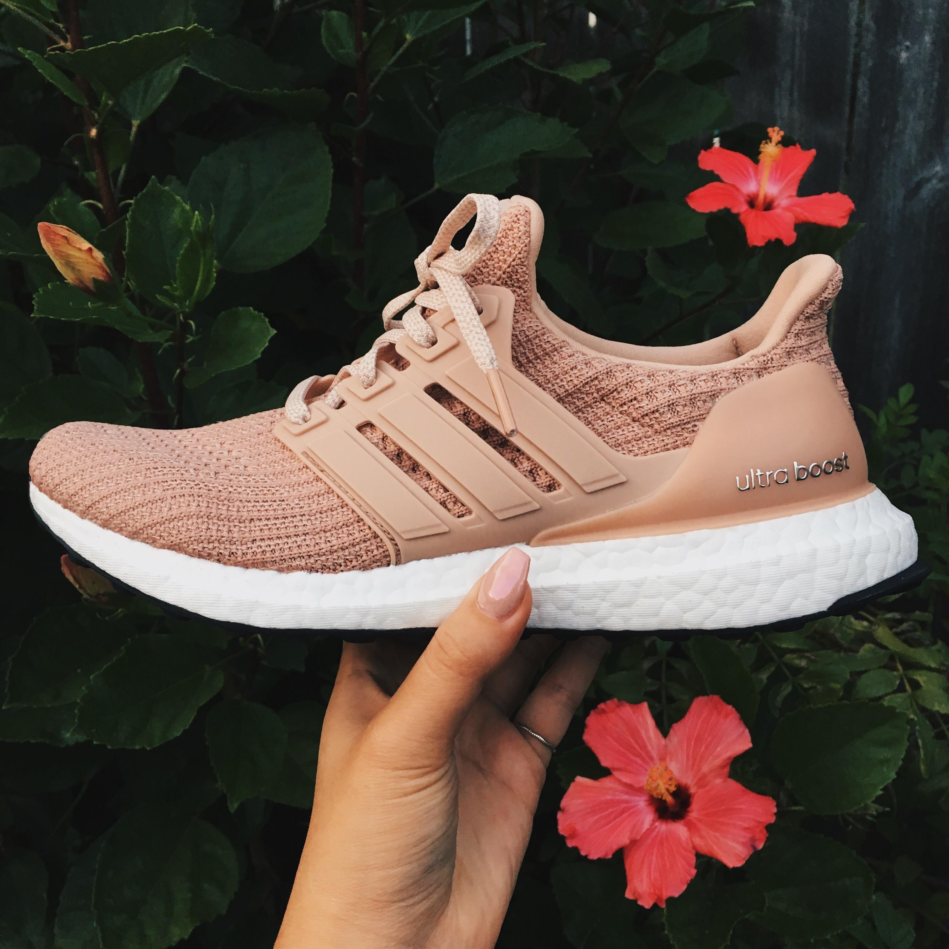 97f9fc9300d ultraboost 4.0 ash pearl/champagne pink | Nike Sneakers in 2019 ...