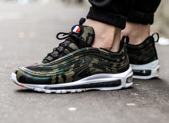 best cheap c7da3 da0ba hvite joggesko Air Max 97 Ultra 17 fra Nike Sportswear. Air-Sole demping som