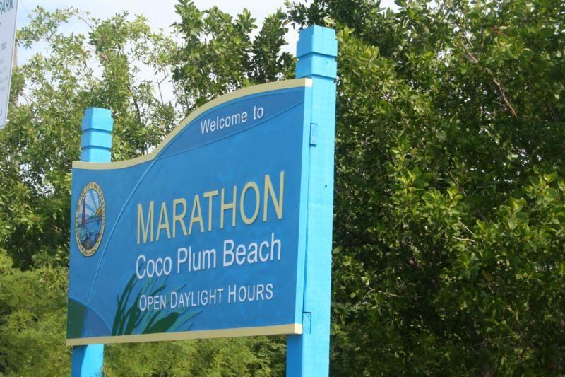 Florida Keys Beach Reviews Coco Plum Beach For Nature Lovers Florida Keys Beaches Florida Keys Florida Keys Islands