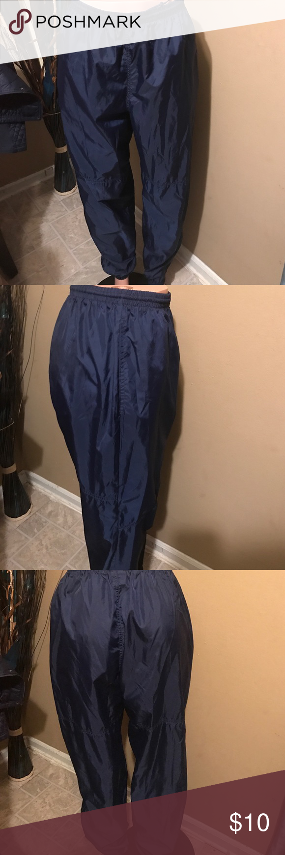 Nike In great condition Nike Pants Track Pants & Joggers