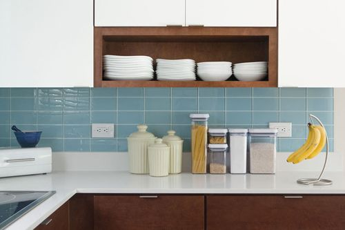 Our Lush 3x6 glass subway tile in Vapor blue is making a splash in Design Milk founder Jaime Derringer's remodeled kitchen, which is featured on Design Sponge today. Photo by Kate Glicksberg.