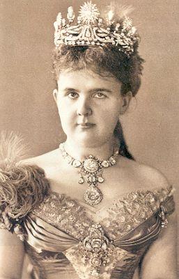 Emma de Waldeck e Pyrmont | Royal crowns, Royal jewels, Royal tiaras