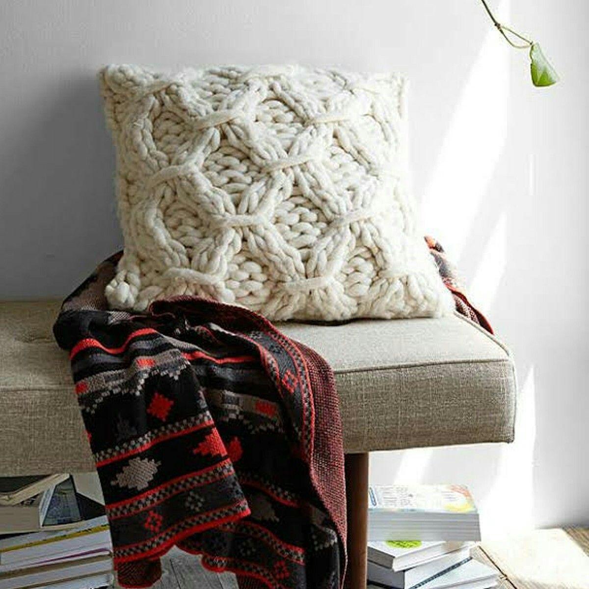 Pin by Maria Perez on SEWING FUN Pillows, Knit pillow