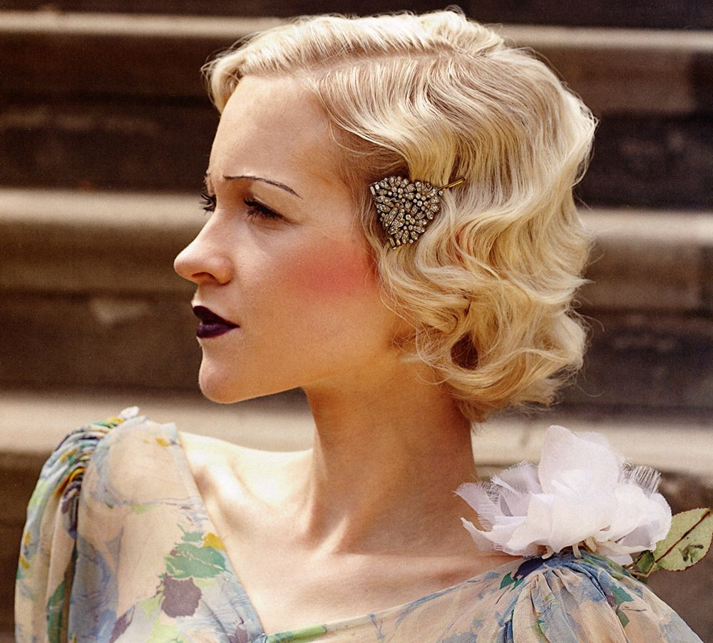 1920s Finger Waves And Pin Curls Hairstyle Tutorial Hairstyle Insider Short Wedding Hair Vintage Hairstyles Finger Waves Short Hair
