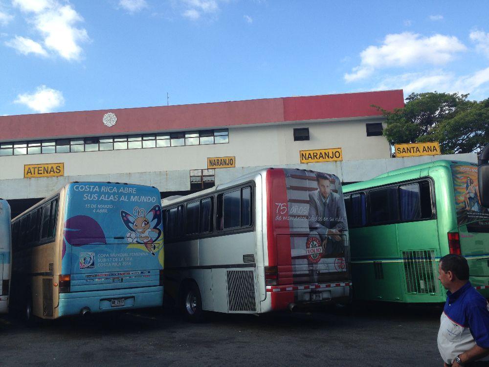 Autobuseros amenazan con paro indefinido