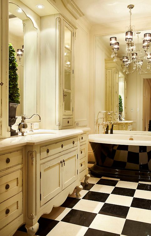 Country Meets Hollywood The Porcelain Throne And Its