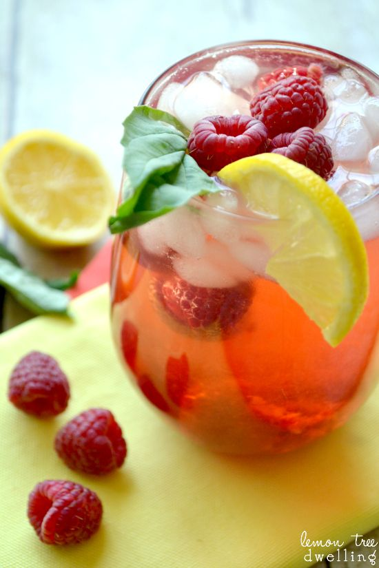 Photo of Raspberry Citrus Green Tea Cooler (she: Cathy)