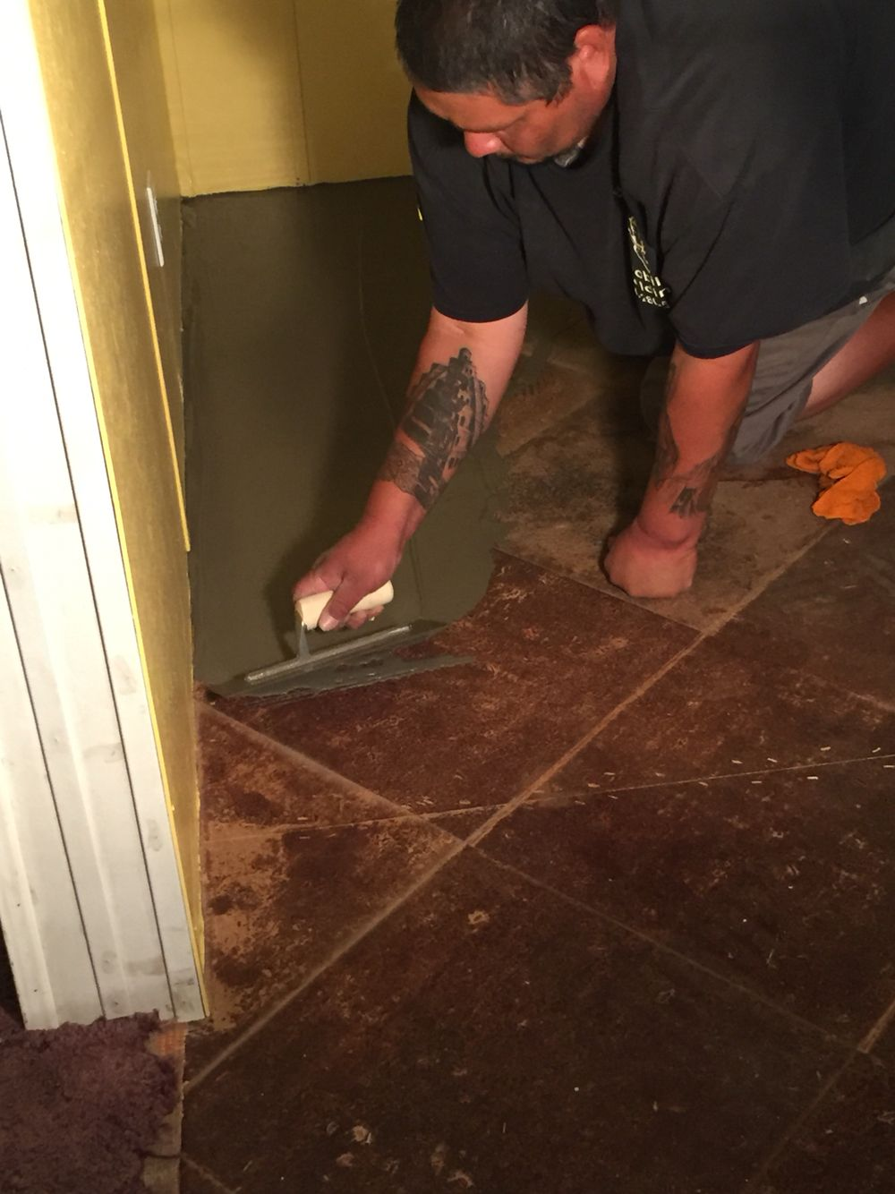 Self leveling mix to cover up glue on flooring that we cant remove self leveling mix to cover up glue on flooring that we cant remove dailygadgetfo Images