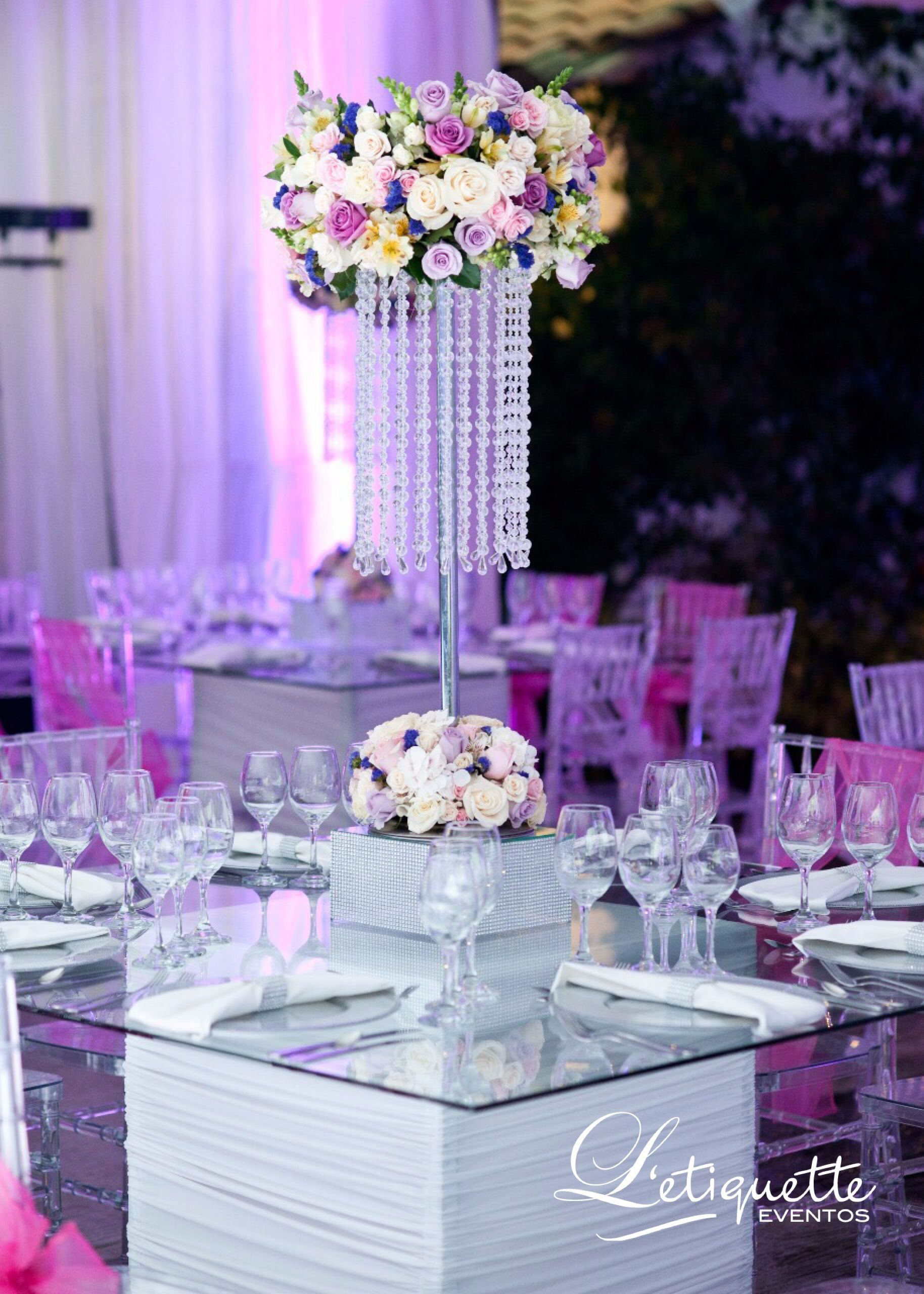 Mesa decorada para 15 a os eventos sociales pinterest for Mesas de bodas decoradas