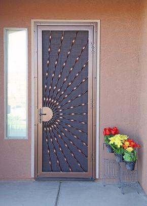 Sunray Bowed Twist Security Screen Door - Herrajes de primera impresión