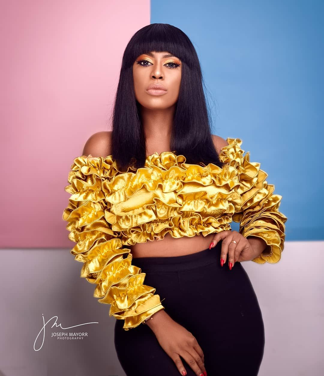 "Selorm Galley-Fiawoo (Selly) on Instagram: ""Sweet and saucy ❣ _  💛💫💥💛💥💫💛💫💥 Drooling over this fringe @alwaysposhgh 🥰 • Top… 