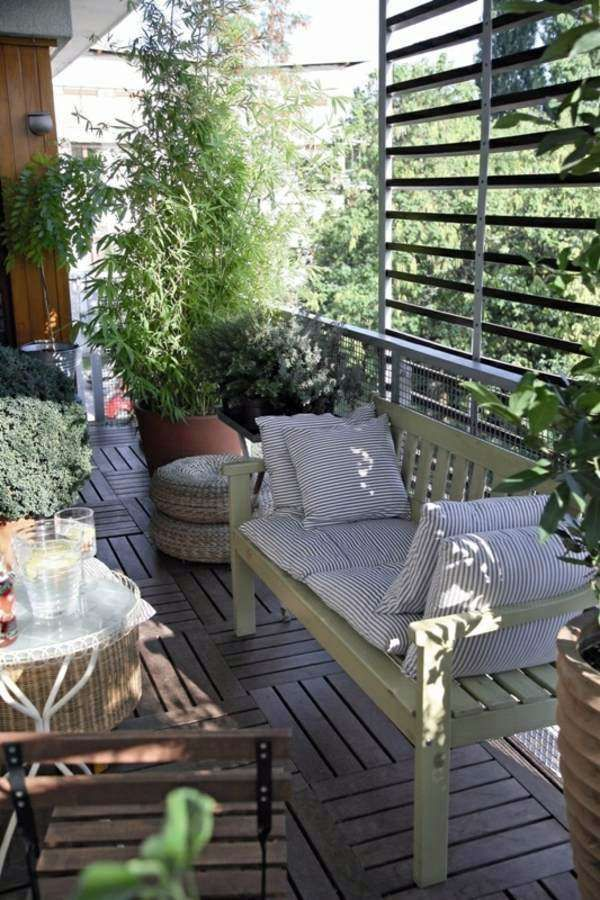 Terrazzo piccolo - Piccolo terrazzo con piante e fiori. Photocredit ...