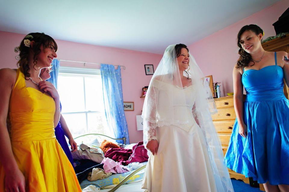Bridal Prep In Nottinghamshire Multicoloured Wedding Theme