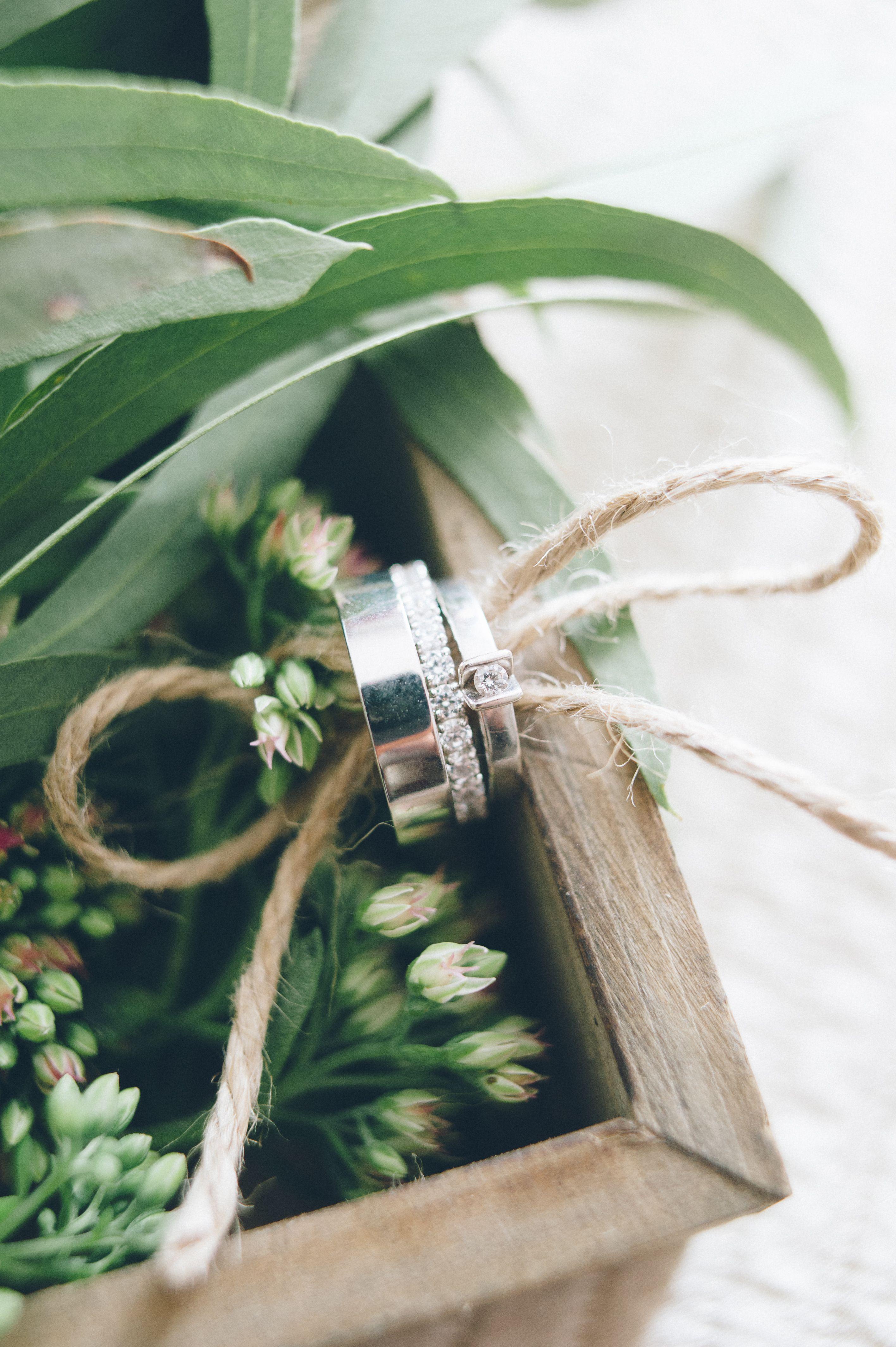 wedding box for rings, wedding ring, greenery flowers wedding, обрчусальные кольца, зелень, флористика, шкатулка, оформление церемонии, свадьба