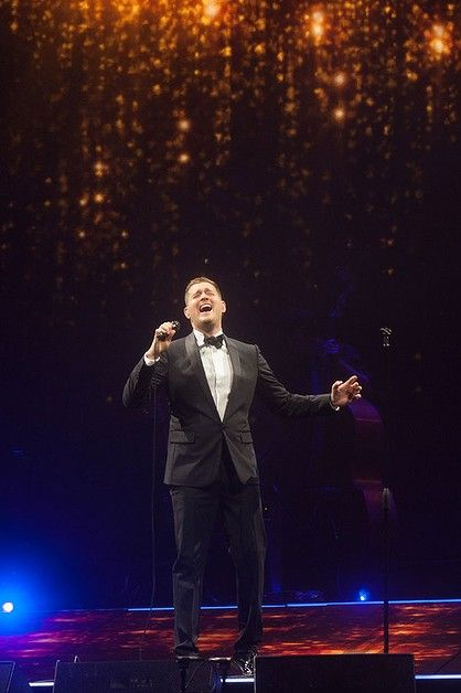 michael buble performing live