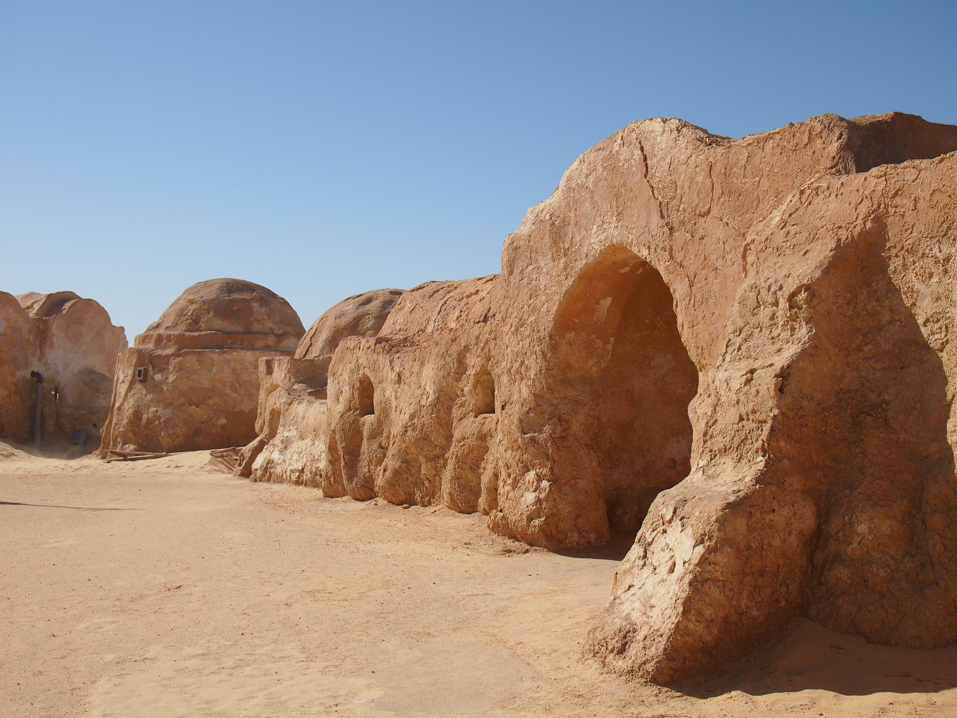 Midden in de Sahara, daar zijn de films van Star Wars opgenomen!