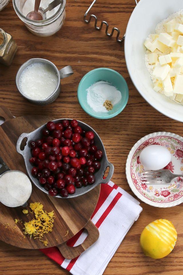 Pocket : Joy the Baker – Fresh Cranberry and Meyer Lemon Biscuits