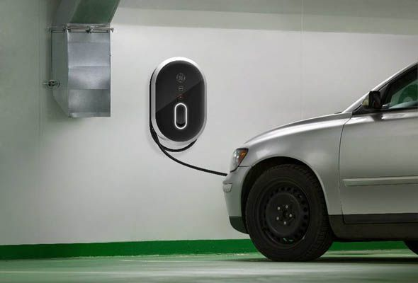 Charge Your Electric Car at Night and You Could Help Diminish Harmful Ozone Levels