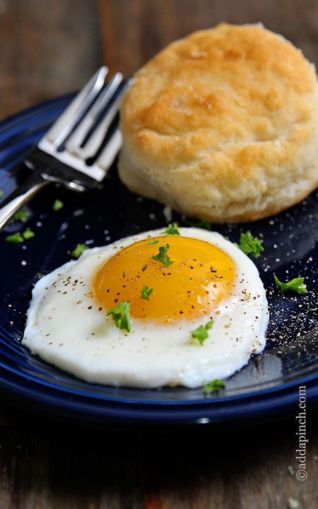 How to Make Sunny Side Up Eggs Recipe from addapinch.com