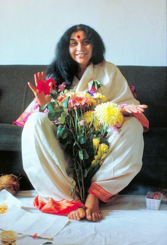 shri mataji -sahaja_yoga_guru_Shri_Mataji