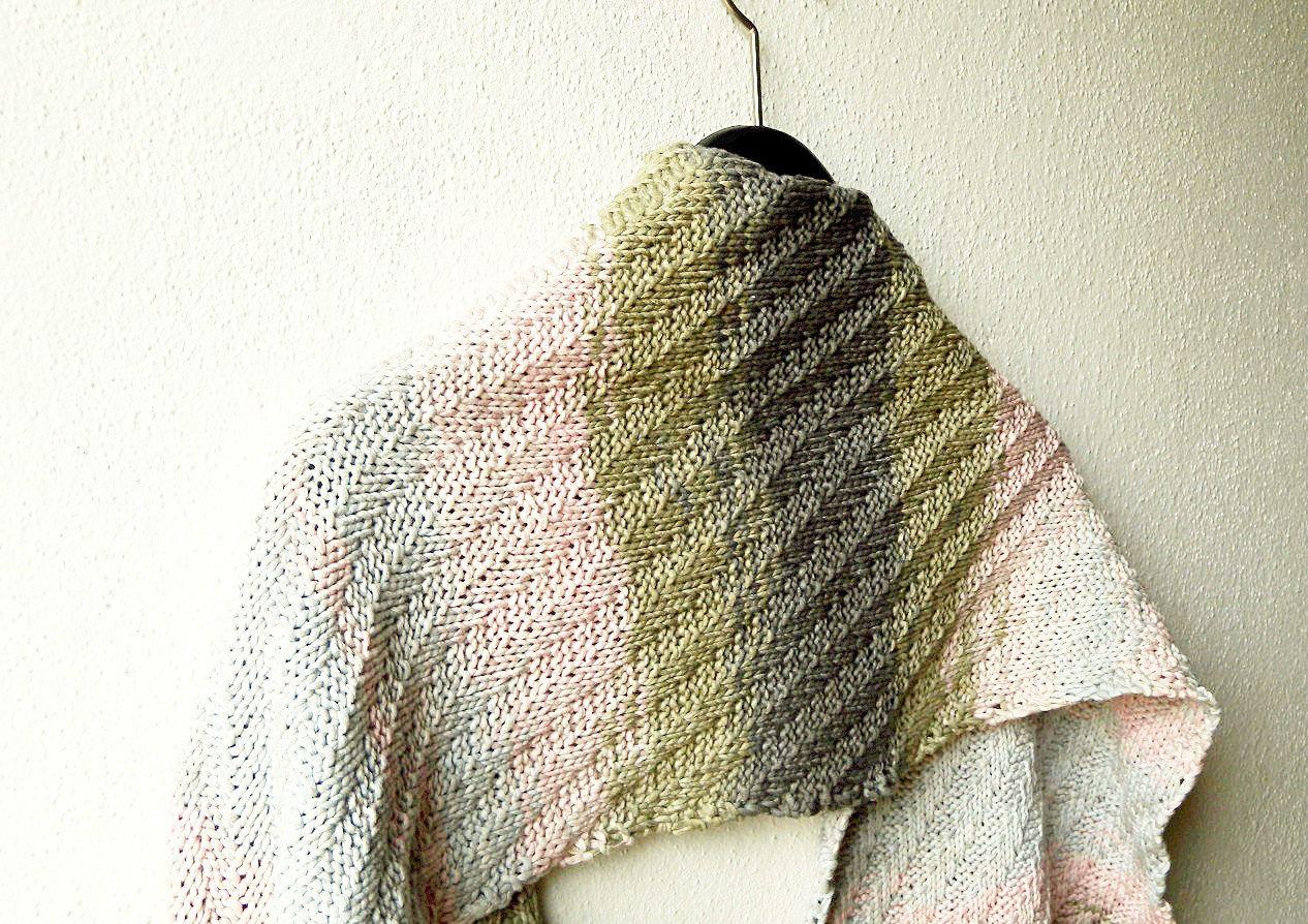 Shawl knitting pattern \
