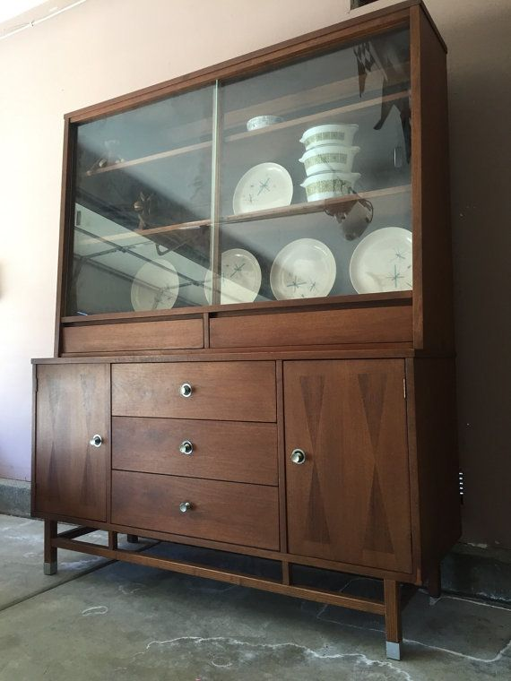Stanley Mid Century Modern Walnut And Rosewood Hutch
