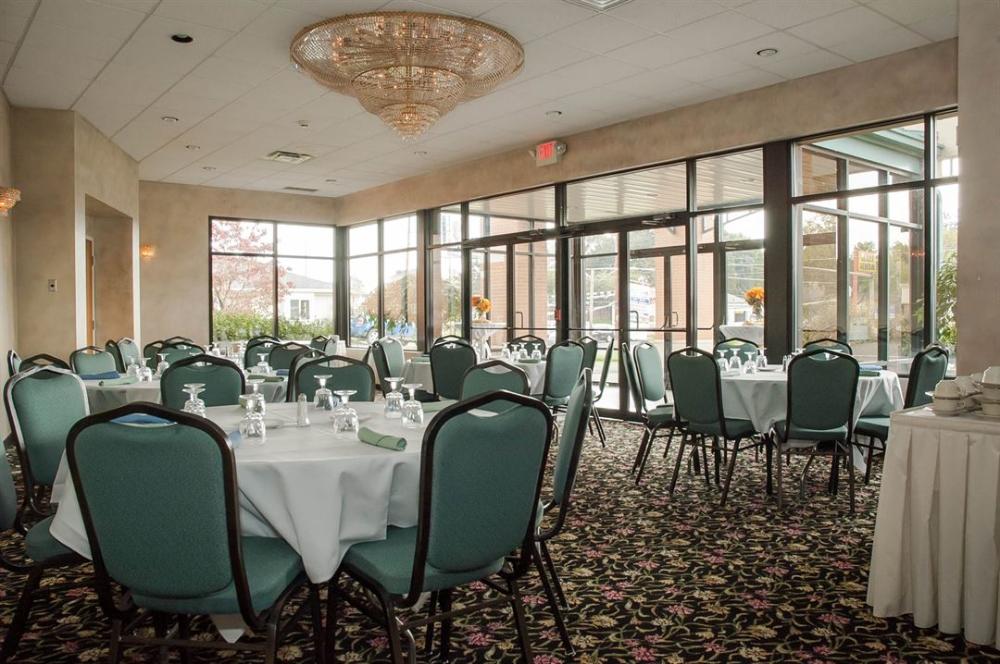 The Executive Event Center Canton, OH Wedding Venue