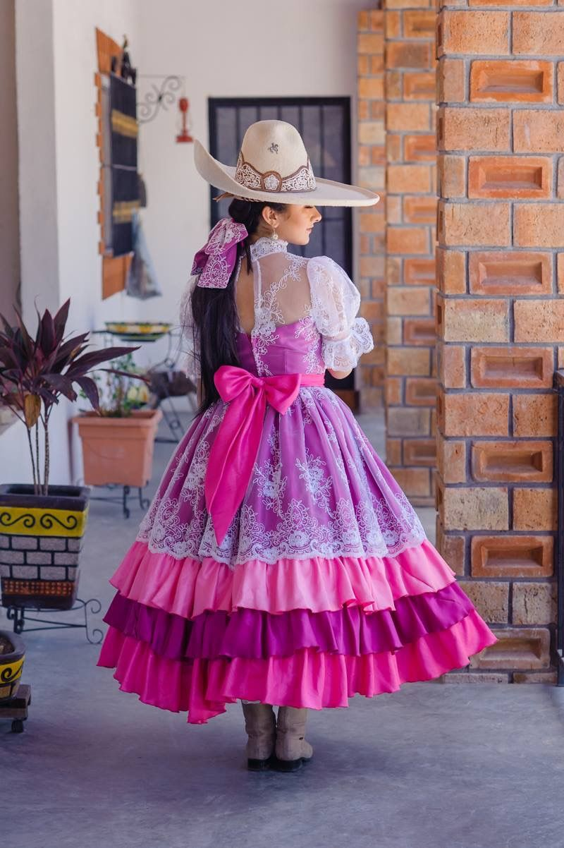 Pin De Yiseth Falcón En Vestidos De Escaramuza En 2019