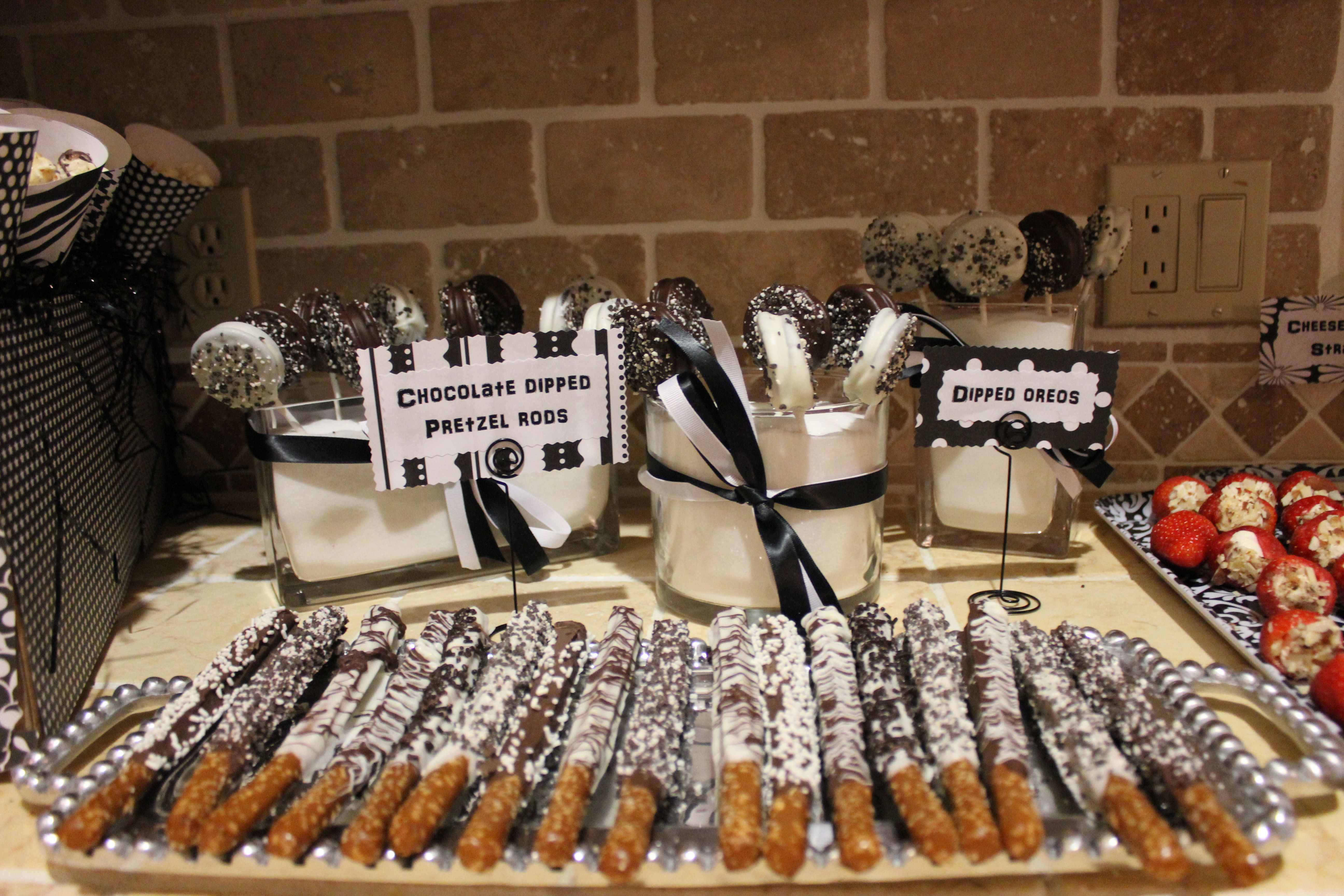 Black and white theme parties roaring 20 39 s speakeasy - Black and white food ideas ...