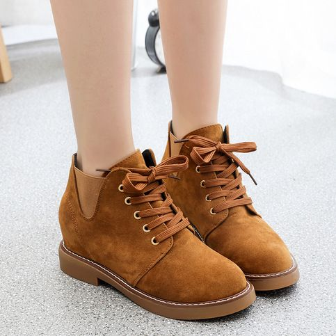 Simple+and+fashion+boots+always+popular+in+fashion+field.+This+boots+have+simple+outline,+belt+buckle+decorate,+classic+lace+up+and+side+zipper.+You+can+go+with+almost+all+your+clothes+to+make+fashion+style.  Gender:+Women's  Category:+Boots  Occasion:+Casual,Club,Street,Prom  Styles:+Hee...