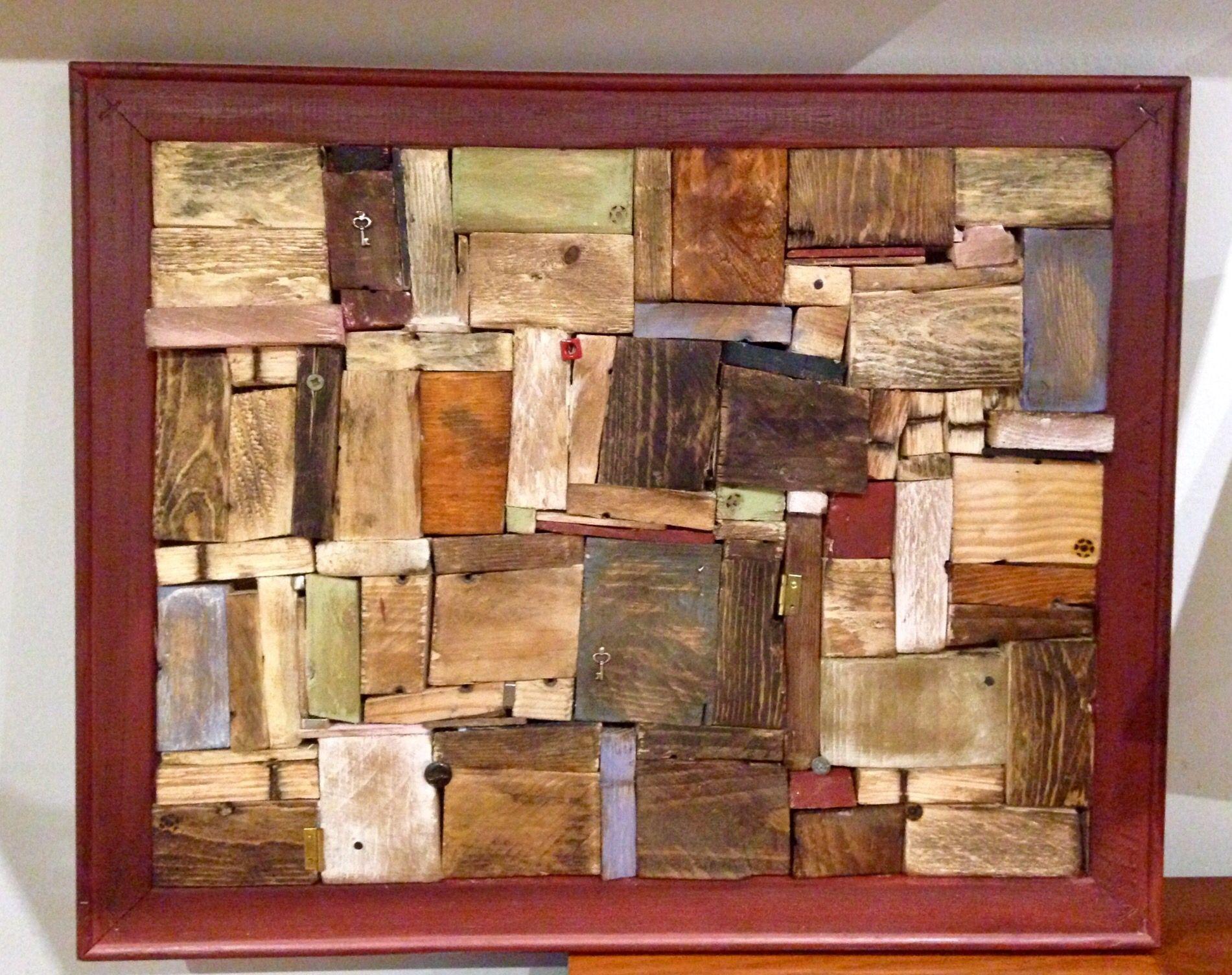 Hecho con materiales reciclados trozos de maderas de - Muebles hechos con materiales reciclados ...