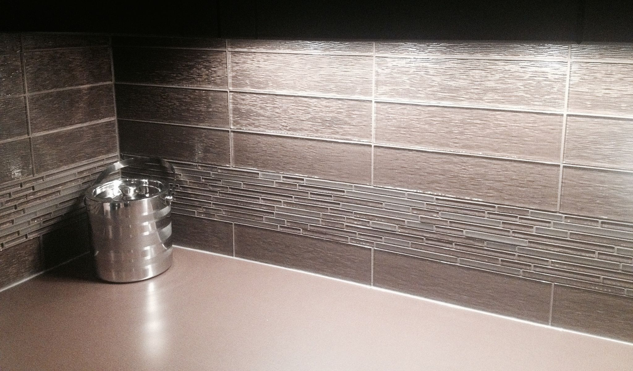 Using a band of mosaic tiles in