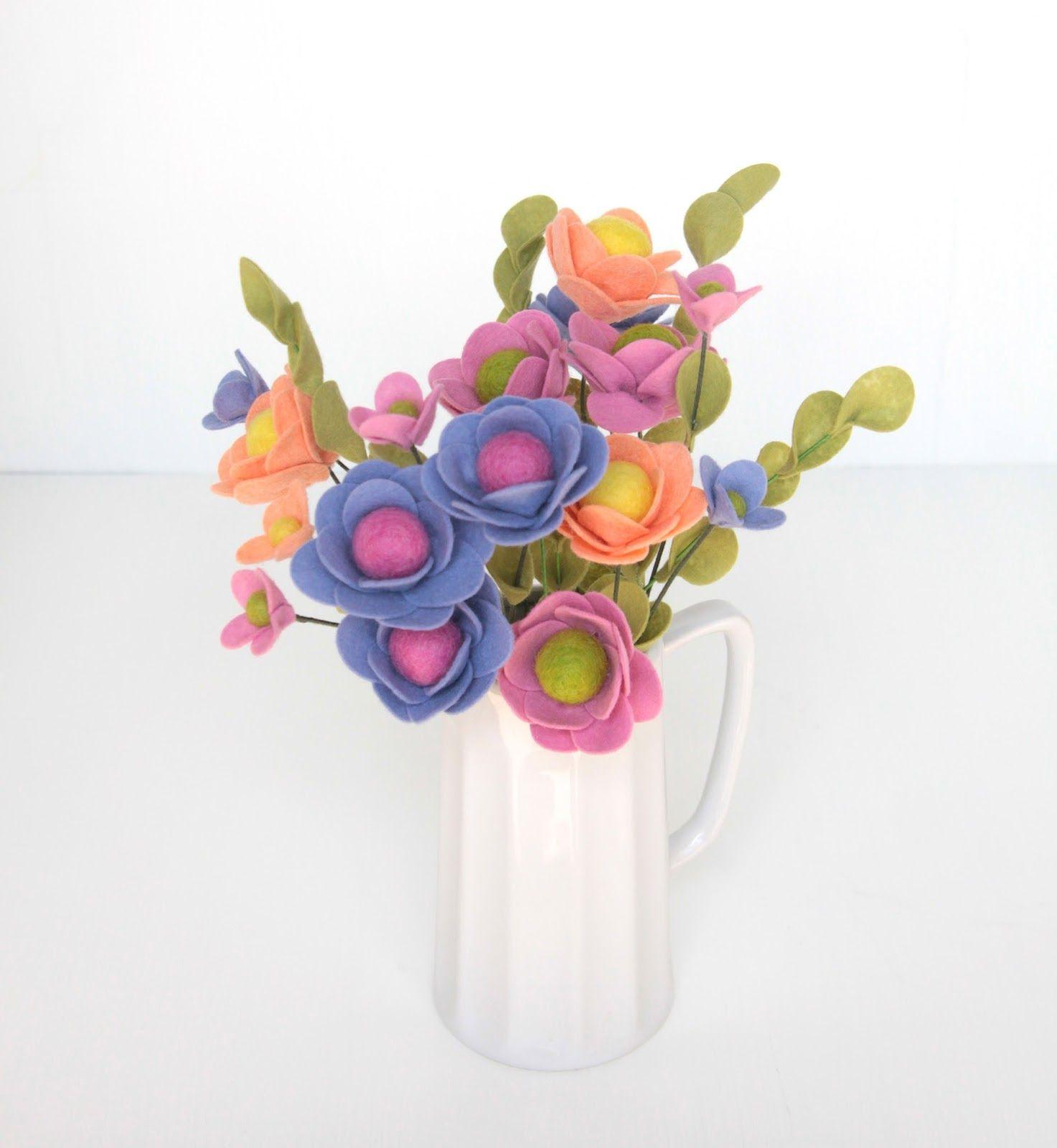 Diy Felt Flower Bouquet Make One For Mom Crafty Stacis Friday