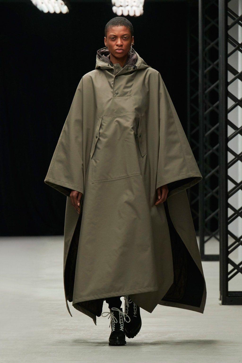 Hyke Tokyo AutomneHiver 20202021 Défilé Vogue Paris