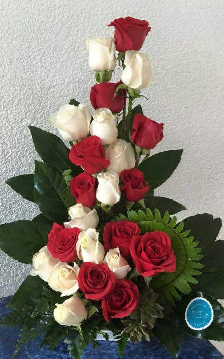 Arreglo Floral Rojo Y Blanco Table Pinterest Flowers Flower - Imagenes-de-arreglos-florales