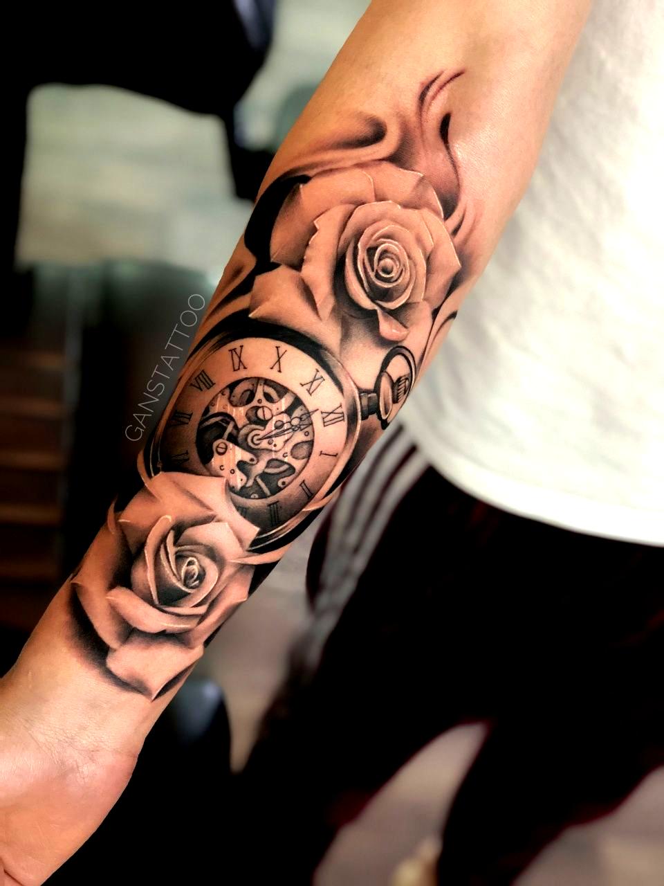 Family Hand Tattoos For Guys Family Guys Hand Tattoos In 2020 Tattoos For Guys Hand Tattoos Hand Tattoos For Guys