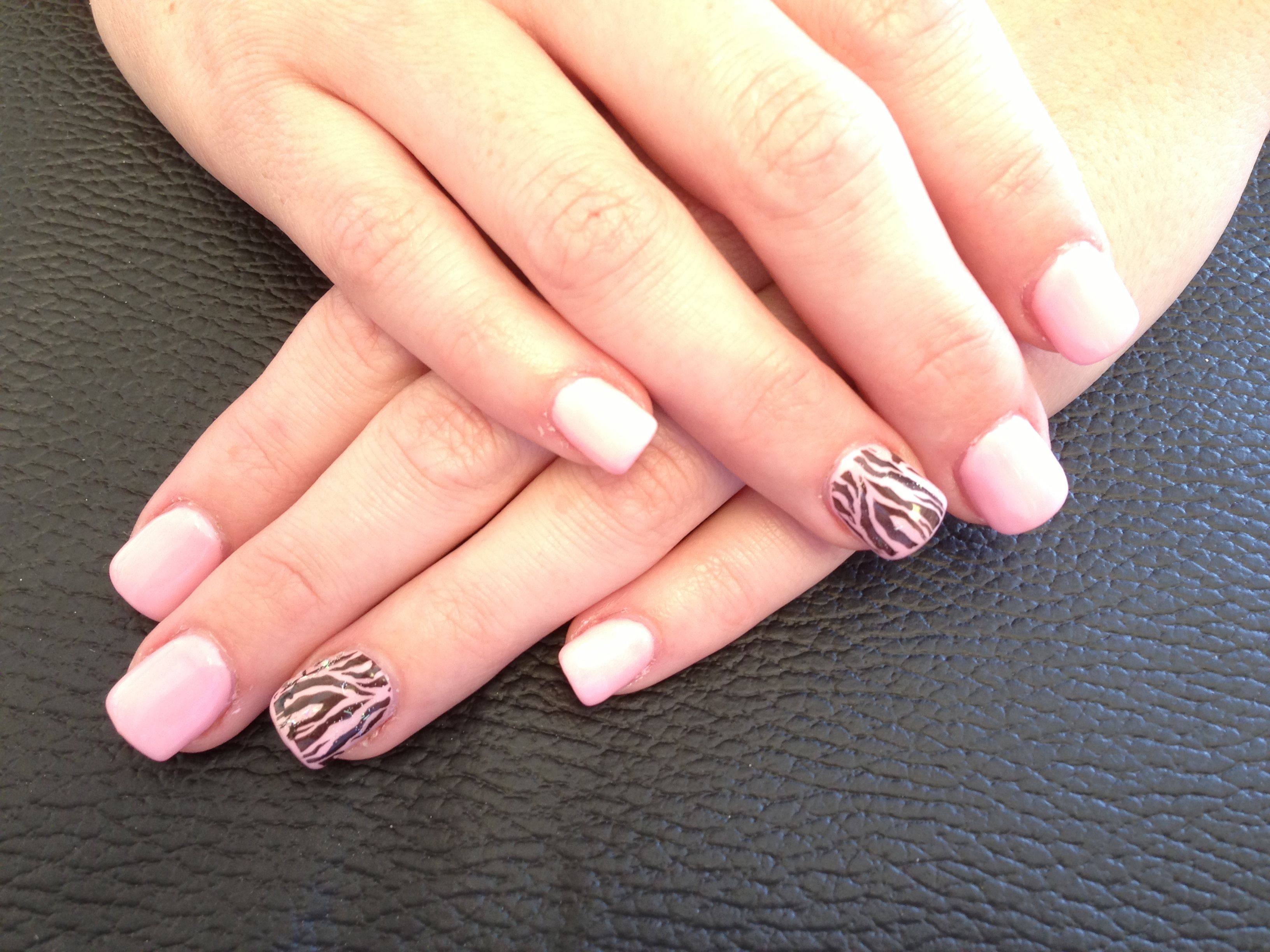 We Are Love Doing Nails Art Ivnailsandspa Nails Art
