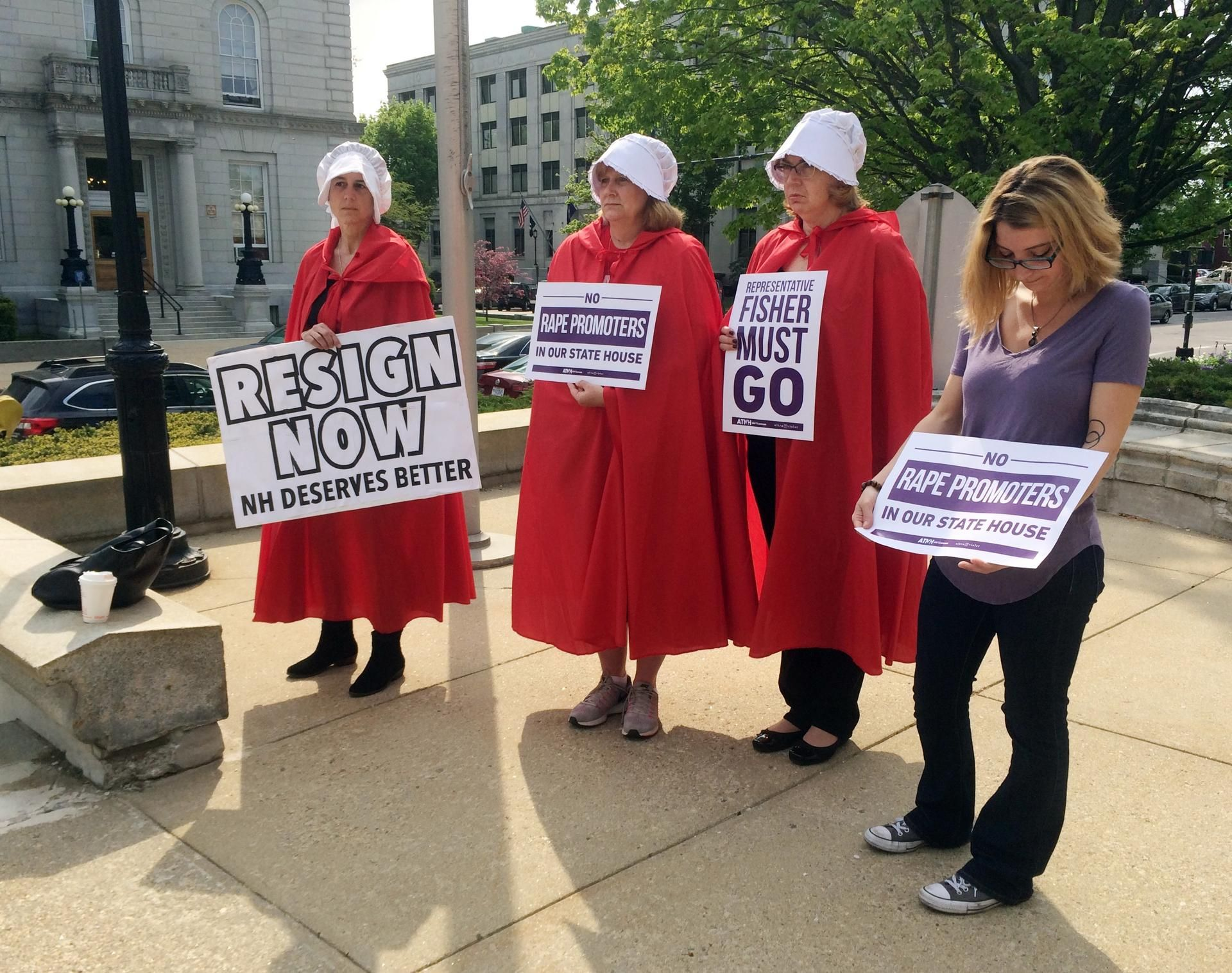 A New Look For Women S Rights Protests Handmaid S Tale Cloaks And Bonnets The Boston Globe Looking For Women Women Women S Rights