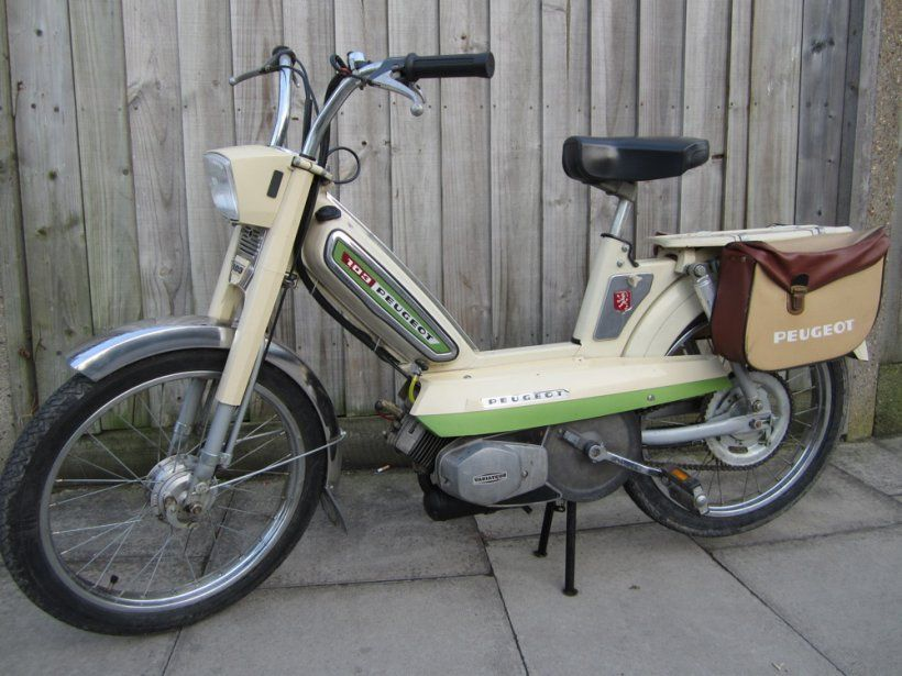 peugeot 103 moped 50cc retrospective scooters scoot pinterest peugeot scooters and mopeds. Black Bedroom Furniture Sets. Home Design Ideas
