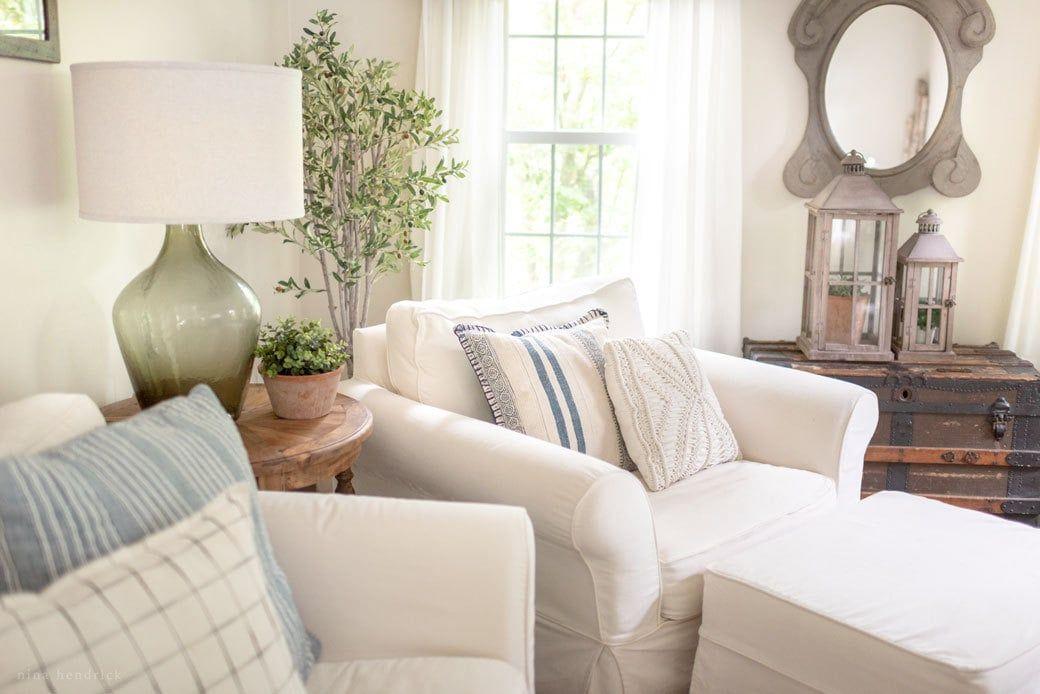 Pottery Barn Slipcovered Pb Comfort Sofa Review Minimalist Home Decor Minimalist Furniture Modern Minimalist Bedroom