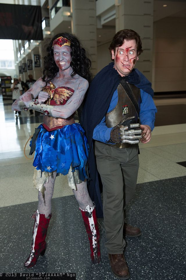 C2E2 2013 - Ash (Army of Darkness) and zombie Wonder Woman