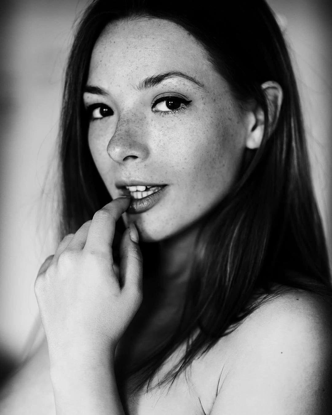 Selfie Olga Kobzar nude (16 foto and video), Topless, Paparazzi, Feet, legs 2019