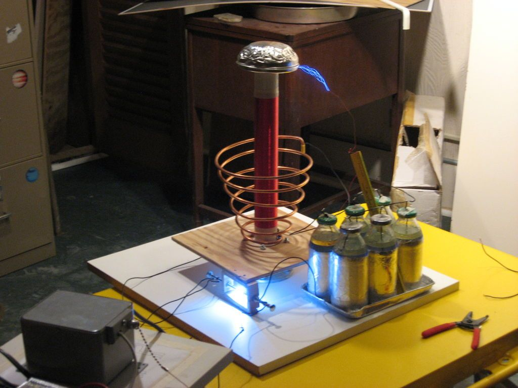 How To Build A Tesla Coil Tesla Coil Tech And Stuffing