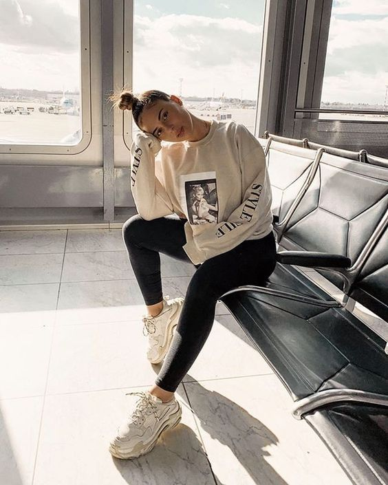 27 Gorgeous Athleisure Outfits You Need to Try 2